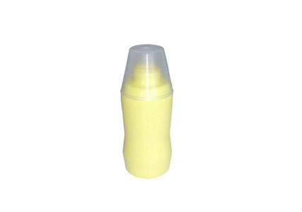 Plastic bottle with sponge for fast cleaning and shoe polishing 75 ml